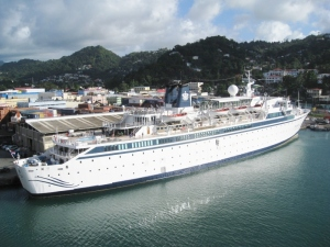 Freewinds cruiseship in Port Castries